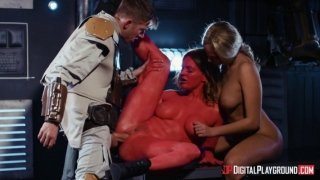 Athena Palomino and Carly Ray in crazy Star Wars parody