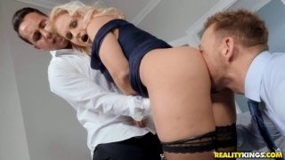 Steaming-hot Rosella Visconti in hard DP action